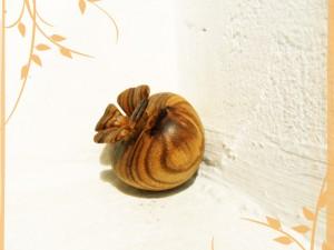 Pomme en fleur dans trophées, sculptures, autres... fleur2-300x225